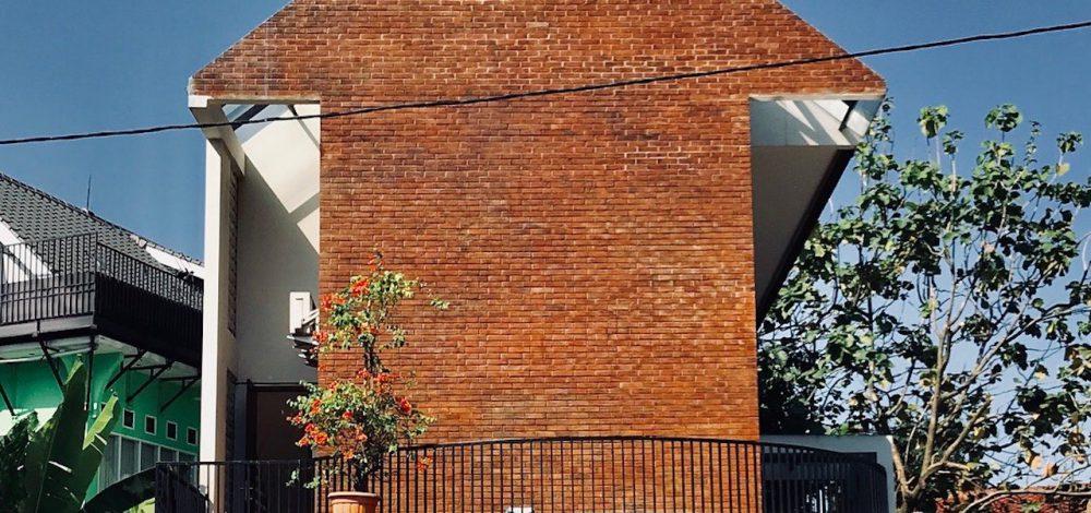 brick-facade-house-00004
